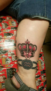 small-hollis-cantrell-iconic-tattoo-ink-piercing-crown-color-small